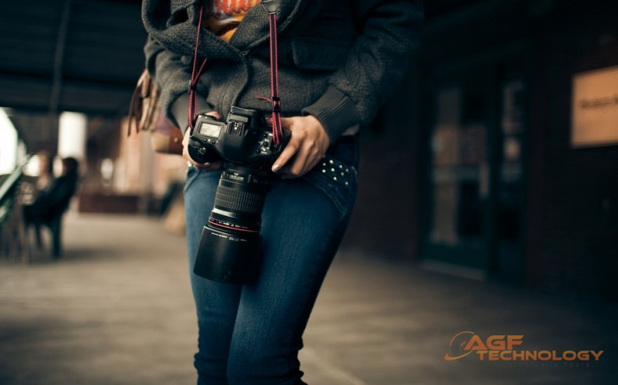 Cropped Sensor, or Full Frame? How To Choose A DSLR Camera For Your Needs